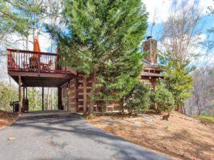 Fox den cabin, near Gatlinburg