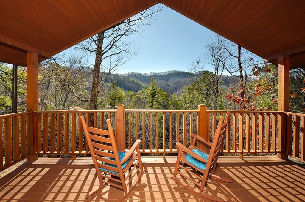 Gatlinburg cabins with Incredible mountain views