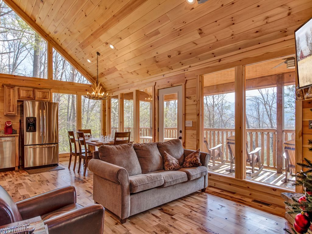 Beautiful Gatlinburg cabins with forest views