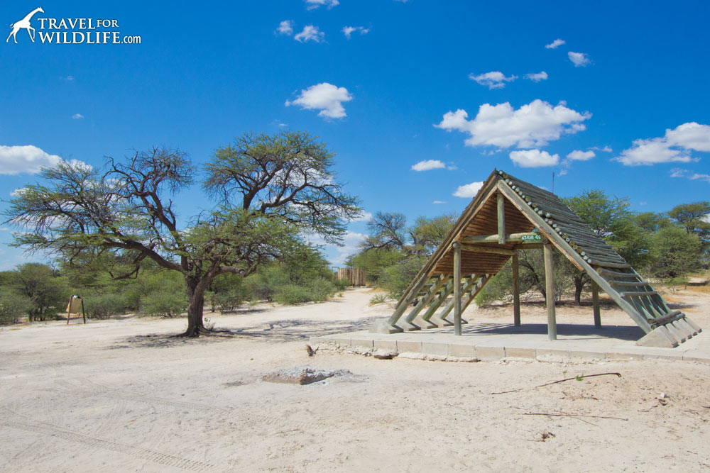 Khiding 02 camp site (KTKHI02) Mabuasehube campsites, Kalahari camping, Botswana