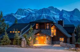 Luxury Banff Cabins