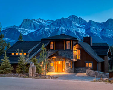 Luxury Banff Cabins