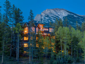 Luxury Canmore cabins