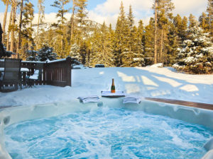 best hot tub of any Canmore Cabins