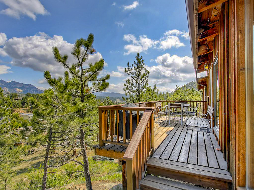 Pet friendly cabin in Estes Park